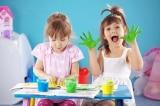"""Họa sĩ Pháp: """"Cha mẹ đừng nói quá nhiều, hãy để trẻ tự làm!"""""""