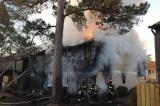 Cụ ông 70 tuổi hy sinh bản thân để cứu vợ trong đám cháy