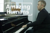 Nghệ sĩ piano duy nhất trên thế giới chơi đàn bằng 1 tay