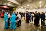 Bộ Ngoại giao khuyến cáo công dân tạm thời không về Việt Nam