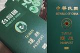 """Hơn 70% người Đài Loan ủng hộ bỏ từ """"Trung Quốc"""" ra khỏi hộ chiếu"""