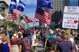 Gần 100.000 người Canada giơ cao cờ Mỹ và ủng hộ ông Trump tái nhiệm