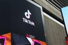 Mỹ chính thức cấm WeChat và TikTok, Tencent đứng trước nguy cơ bị chặn toàn diện