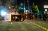 """TT Trump phản hồi bạo loạn ở Portland: Tống """"thú vật"""" vào tù"""