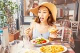 Tại sao bạn ăn kiêng khắt khe nhưng không giảm được cân?