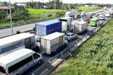 Thu phí đường cao tốc đầu tư bằng ngân sách: Nên hay không?
