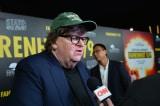 Nhà làm phim Michael Moore không tin ông Biden dẫn trước TT Trump
