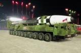 Mỹ hối thúc đàm phán hạt nhân với Triều Tiên sau khi Kim Jong Un tiết lộ tên lửa 'Quái vật'