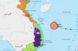 Áp thấp nhiệt đới tiến thẳng miền Trung; cứu hộ đang gặp nhiều khó khăn