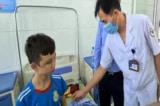 Nữ chủ quán ở Bắc Ninh bị tạm giữ vì tra tấn 2 nam nhân viên
